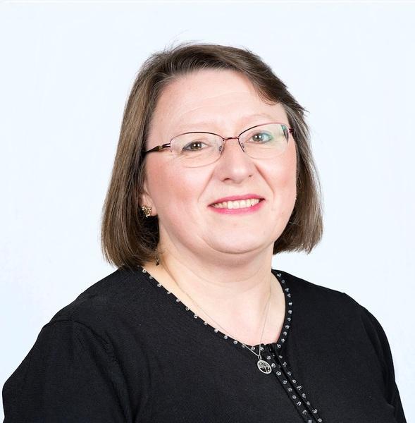 Elaine MacGlone